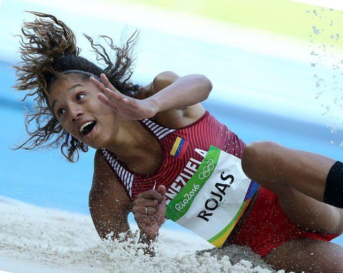 Record mundial en salto triple para Yolimar Rojas.