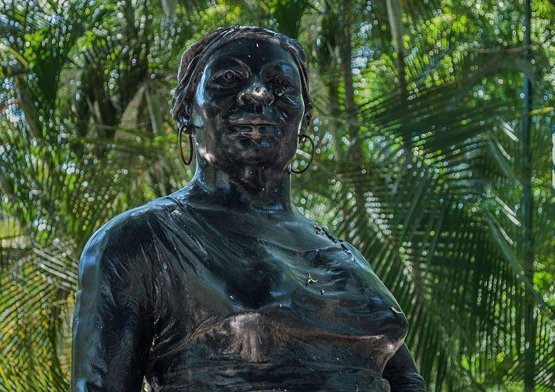 Busto de la Negra Hipólita