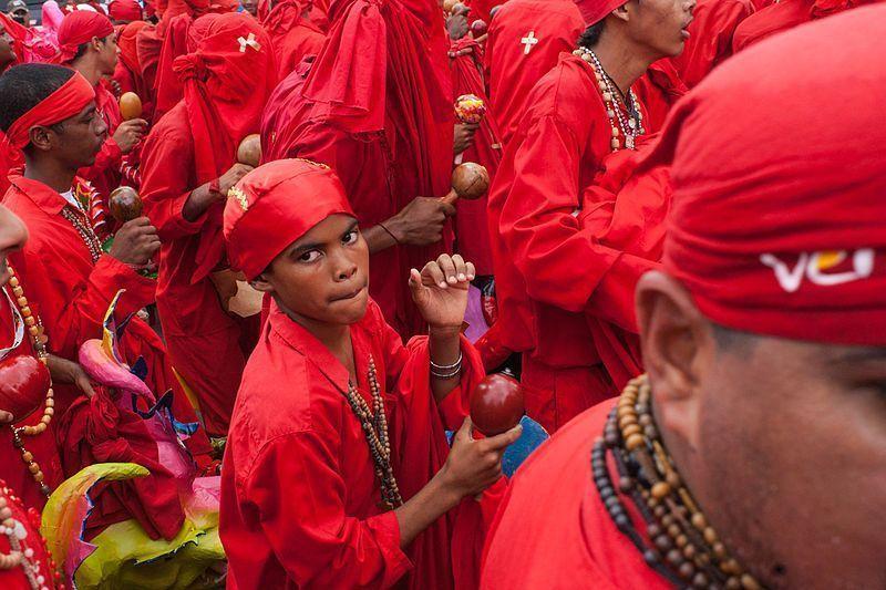 La tradición de los Diablos de Yare pasa de generación en generación