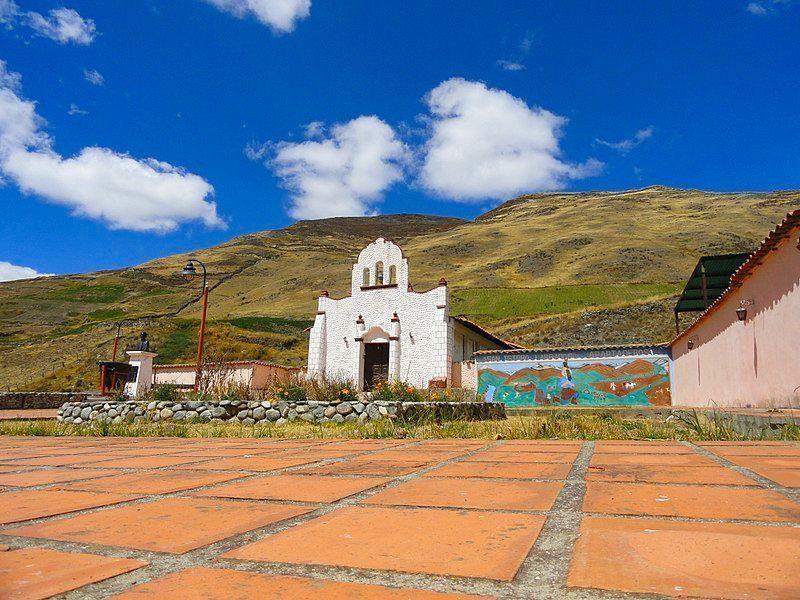 Iglesia de San Isidro de Apartaderos.