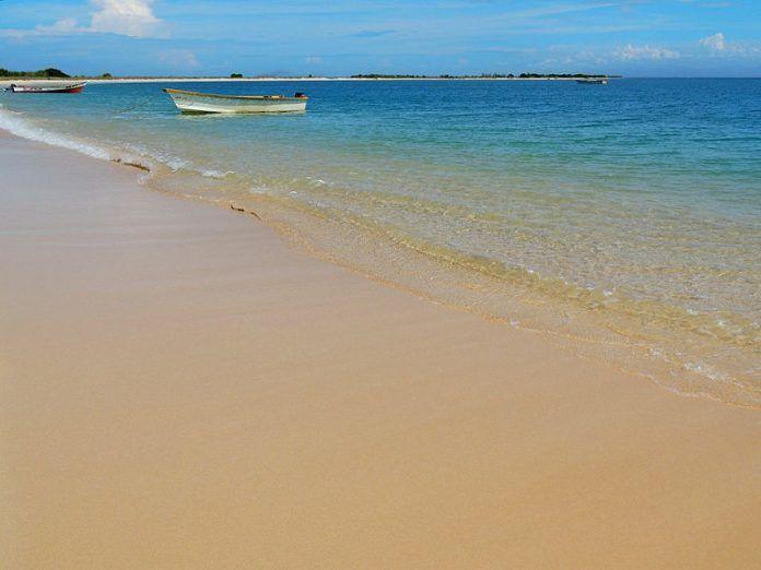Playa La Isleta, Puerto_Píritu