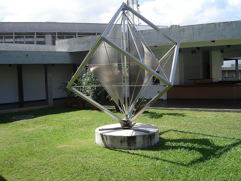 Escultura de Alejandro Otero