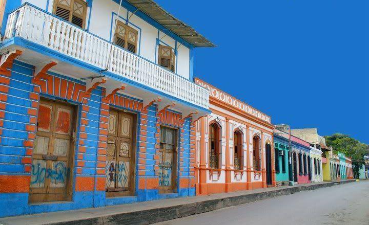 Calle Independencia, en el casco histórico de Carúpano
